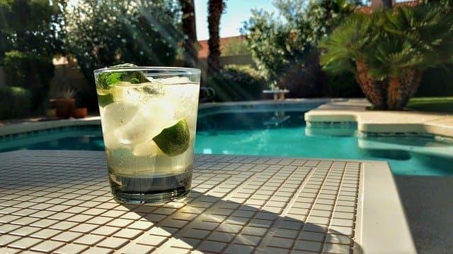 piscine maison de vacances provence